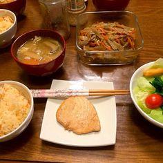 タケノコご飯、カジキマグロ、きんぴら、豚汁、サラダ - 60件のもぐもぐ - タケノコご飯善 by maron18