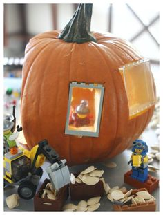 There are so many pumpkin play ideas. Don't just carve a Jack O'Lantern, create a LEGO pumpkin play small world. This STEM idea is perfect anytime this Fall Lego Pumpkin, Green Pumpkin, Diy Pumpkin, Pumpkin Ideas, Monogram Pumpkin, No Carve Pumpkin Decorating, Easy Pumpkin Carving, Pumpkin Carving Patterns, Pumpkin Carvings