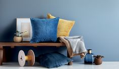 Do you like warm colours? Then blue is a perfect fit.