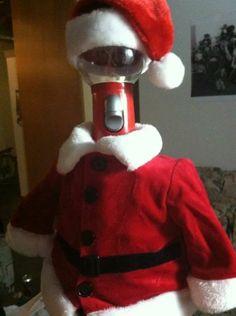 Ho ho ho, it's Santa Servo! I wonder what his sleigh looks like.