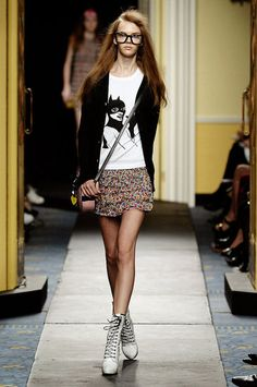 colorful mini skirt with t-shirt