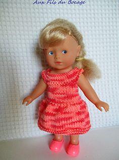 Vêtement, robe pour mini Corolline, poupée 20 cm.