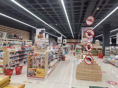 Instalación comercial de gran superficie en Tenerife Healthy Weeknight Meals, Tenerife, Shop Fittings, Project Management, Teneriffe