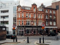 Photos of Clerkenwell Today © Andrew Ridley andrewRidley #clerkenwell  #LittleItaly #London #BackHill #RayStreet #pub