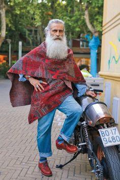 """Cooler Opa: Einer der wenigen Männer in """"Advanced Style - Wiser & Older""""...."""