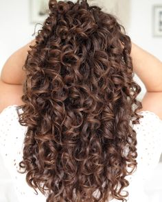 Curly Hair Tips, Curly Hair Styles, Natural Hair Styles, Different Curls, Colored Curly Hair, Curly Girl Method, Coily Hair, Types Of Curls, Natural Curls