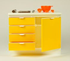 cupboard / sindy/ vintage furniture