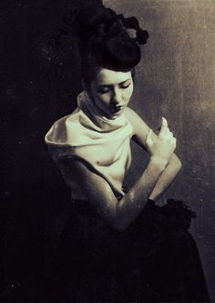 Sayaka Maruyama  Japan Avant Garde Series (C-type print on metallic paper)  …amazingly beautiful and haunting…
