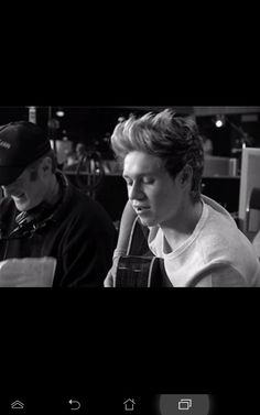 niall One Direction Little Things