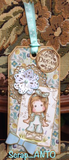 http://scrapanto.blogspot.it Scrap tag with Tilda Magnolia with Distress Ink
