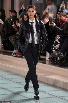 Bella Hadid Ramp Walk in a Oversized Black Leather Jacket Walking Ramp Alyx Menswear Show During Paris Fashion Week Paris, Autumn Winter Fashion Week Paris, Runway Fashion, Street Fashion, High Fashion, Fashion Outfits, Womens Fashion, Men Fashion Show, Fashion Weeks, Fashion Trends
