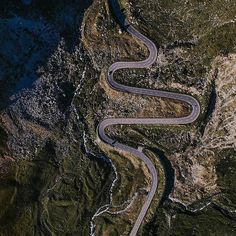 The Road To Success Has Many Curves - Happy Friday From the Swiss Alps  Courtesy of @roamingeagle . . . . #DroneOfTheDay #drone #drones #alps #swiss #switzerland #dji #gopro #yuneec #adventure #travel #epic #awesome #vacation #mountains #traveler #wanderlust #travelbug #amazing #incredible #aerial #roads #bridge #roadtrip #sky #view
