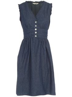 love this shape/cut - could do w/o the denim.  The link is broken, :( from a site: http://us.dorothyperkins.com