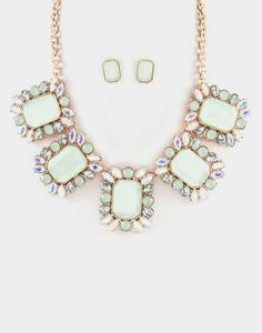 Taylor Necklace in Pale Sage
