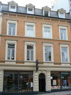 Wohn-/Geschäftshaus