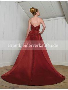 wunderschönen roten Hochzeitskleid