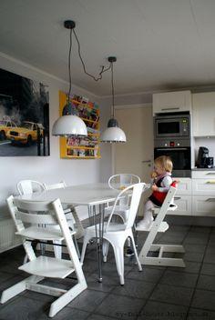 Industrial lamps, white kitchen, white, yellow, tolix, Stokke Tripp Trapp