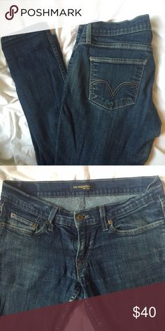 Levi's too superlow jeans. Great jeans by Levi's, the too superlow cut. Skinny. Stretchy, low waist, comfortable! Good condition, some wear in the inside seams as pictured. Size 9 juniors, around a 8. Levi's Jeans