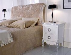 Il bianco è sempre una tonalità delicata, che si adatta a qualsiasi ambiente 2 Elle Falegnameria artigianale toscana