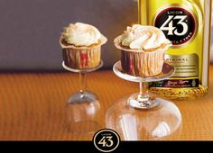 Find out the recipe to prepare Cupcakes 43 dessert with Licor An exclusive recipe to surprise on your meals. Pie Cake, No Bake Cake, Cake Cookies, Cupcake Cakes, Cup Cakes, Sweet Bakery, Snacks Für Party, Pastry Cake, Yummy Cupcakes