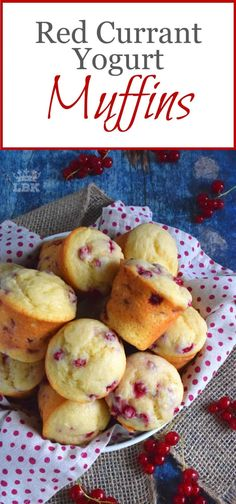 Red Currant Yogurt Muffins - Light and fluffy Red Current Yogurt Muffins are sweet and tart, and soft and moist. These are a great breakfast or brunch menu item. Banana Oatmeal Muffins, Yogurt Muffins, Berry Muffins, Easy Gluten Free Desserts, Easy Desserts, Pavlova, Baking Recipes, Muffin Recipes, Jelly Recipes