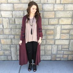 This long cardigan comes in tan, burgundy, and olive!  -cardigan $26 Comment below with PayPal to purchase and ship or comment for 24 hour hold #repurposeboutique#shoprepurpose#boutiquelove#style#trendy#musthaves#obsessed#fashion#spring#beljoylove#cardigan#booties#kancan