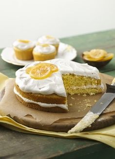 Lemon Cake & Cupcakes with Irish Breakfast Tea Frosting