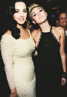 Katy Perry // Miley Cyrus