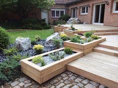 backyard design – Gardening Tips Back Gardens, Outdoor Gardens, Deck Planters, Patio Deck Designs, Deck Landscaping, Water Garden, Backyard Patio, Garden Inspiration, Plants