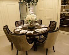 1000 Images About Round Dining Room Tables On Pinterest Round Dining Room