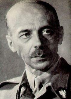 Commander Tadeusz Bór-Komorowski of the Polish Home Army.October 1944 - Warsaw Uprising ends as the Polish Home Army surrenders to the Germans. Famous Polish People, Poland Ww2, Polish Government, Warsaw Uprising, Central And Eastern Europe, 24. August, Military Units, Major Events, Prisoners Of War