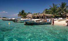 hog island honduras | side trip one afternoon to Chachauate, a Garifuna village on a small ...