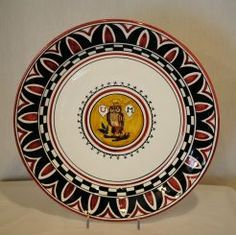 """PALIO OWL ROUND PLATE: 15"""" (38cm) Diameter.    This Plate is drilled for hanging.    The Owl (Civetta) for centuries has represented the """"Rione della Civetta"""" during the Palio horse race. """"Rione"""" stands for Neighborhood."""