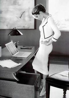 Angelina Jolie in chanel Business Outfit Frau, Business Outfits, Business Portrait, Boss Lady, Girl Boss, Paar Style, Mode Pro, Estilo Gigi Hadid, Trends 2016