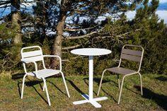 silla y sillón BARCELONETA con mesa ANTIBES