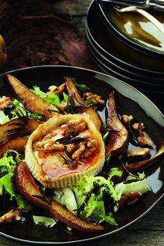 Pascale Naessensis de best verkopende culinaire schrijfster van Vlaanderen en dat is niet voor niets: haar boeken draaien om gezond eten, met heerlijke rece...