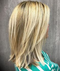 Medium-To-Long+Layered+Blonde+Hairstyle with V cut layers. Low maintenance for s… Medium-To-Long+Layered+Blonde+Hairstyle with V cut layers. Low maintenance for straight hair V Cut Layers, Medium Length Hair Cuts With Layers, Medium Hair Cuts, Layered Cuts, Blond Medium Length Hair, Layered Lob, Hair Layers, Medium Layered Haircuts, Long Layered Hair