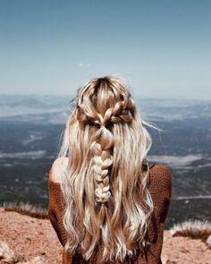 boho blonde hair braids, half up half down braids summer blonde hair Messy Hairstyles, Pretty Hairstyles, Wedding Hairstyles, Hairstyle Braid, Beach Hairstyles, Holiday Hairstyles, Baddie Hairstyles, Hair Inspo, Hair Inspiration