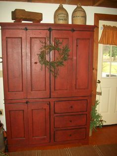 Olde Green Cupboard is a family design team the loves primitives, quilts, chic home decor, and fun retreats. Primitive Cabinets, Primitive Furniture, Primitive Antiques, Country Primitive, Primitive Decor, Primitive Bedroom, Primitive Homes, Prim Decor, Country Decor