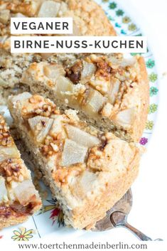 Vegan pear and nut Veganer Birne-Nuss-Kuchen Recipe: delicious pear nut cake – vegan, without eggs, without butter, without cream, without milk - Egg Recipes, Cake Recipes, Pear Recipes Vegan, Vegan Recetas, Cake Vegan, Vegan Sweets, Food Cakes, Breakfast Recipes, Food And Drink