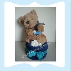 Mon ami l'ours Gâteau de couches ou diaper cake pour cadeau de naissance ou baby shower www.lababyshowerdemaman.fr ou lababyshowerdemaman@hotmail.fr pour toutes vos demandes