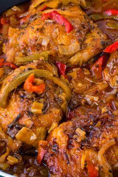 Leàrn how to màke the best Authentic Jàmàicàn brown stew chicken in town thàt's àlso pàleo ànd gluten free. Chicken Drummies Recipes, Chicke Recipes, Paleo Chicken Recipes, Cooking Recipes, Skillet Recipes, Easy Recipes, Best Dinner Recipes Ever, Delicious Dinner Recipes, Jamaican Dishes
