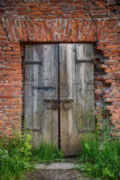 Puerta antigua pinteres for Puerta casa antigua