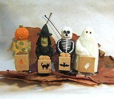 Halloween Wood Carving Trick or Treat Children Unique Home Decoration Art Sculpture  #SpecialTGIF