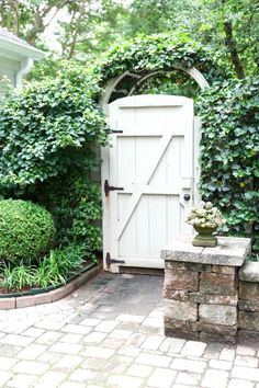Wicked 25 Best Garden Fences And Gates https://fancydecors.co/2018/02/08/25-best-garden-fences-gates/ Test the gate to be sure it swings freely. Determine how tall you wish to create the gate.