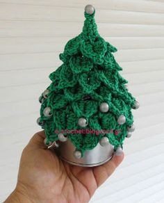 Christmas tree with beads http://en.dawanda.com/product/72001463-Beaded-Fir-Tree-Kawaii-HomeDecor-Holiday-Christmas
