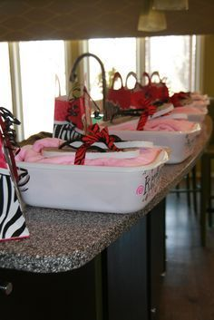 Party Themes For Teen Girls Sweet 16 Spas Ideas - Party Ideen Spa Day Party, Kids Spa Party, Spa Birthday Parties, Pamper Party, Slumber Parties, Party Party, Birthday Ideas, 11th Birthday, Paris Birthday
