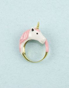 Pink Unicorn Ring by Modernaked on Etsy. I apparently just really want a unicorn ring. Cute Jewelry, Jewelry Accessories, Cheap Jewelry, Jewelry Shop, Jewelry Rings, Real Unicorn, Unicorn Kids, Rainbow Unicorn, Unicorns And Mermaids