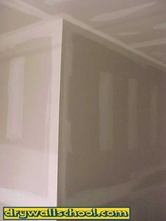 How to mud drywall like a pro! Great tutorials with lots of pictures.