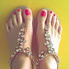 Valentina Vignali's Feet << wikiFeet